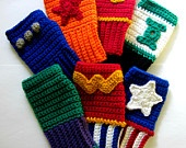 Crochet arm warmers/wristers/gloves / by Helen Mahan