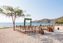 ARTFLOWER: Traditional with a twist wedding
