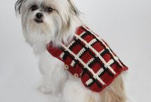 Crochet Dog Sweater Patterns / These adorable crochet dog sweater patterns are the perfect accessory for your dog! No matter if you have a large golden retriever or a small spaniel - we've got the perfect pattern to keep your pet cozy!
