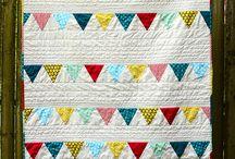 Ιδέες: Patchwork / patchwork, πάτσγουορκ, ύφασμα, ραπτική, quilting, στο χέρι, βελονιές, σπίτι, πάπλωμα, γέμισμα, παιδί, δωμάτιο, διακόσμηση, sewing, sewing machine, hand quilting, τσάντα, σχέδια, σχέδιο, κουζίνα, κρεββάτι, παιδί, καπιτονέ, μαξιλάρι