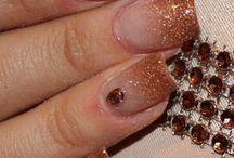 Nail Designs / by Kim Vovillia