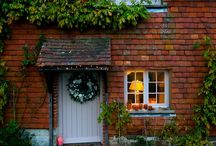 Pretty porches / How to decorate your front door