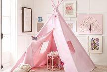 Brooke gift ideas / by Ashley Loignon