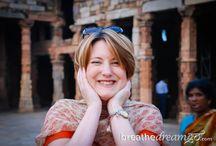 Women's Travel Blogs