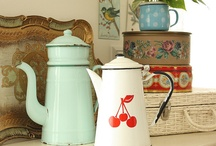 Vintage Kitchen Items / by Jana Hallford