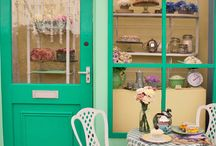 Cute Tea Rooms & Cafe's / Places that just want you to enter