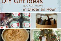 Новогодние подарки и декор