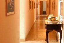 Il Residence Ducale / Il Residence Ducale è situato a Rodi Garganico. Dista 50 metri dalla piazza del paese e 100m dal mare.  Per info & prenotazioni: info@residenceducale.it www.residenceducale.it