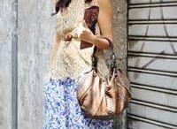 fashion on social media / social media promoting
