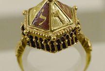 medieval jewellery / medieval jewerllery