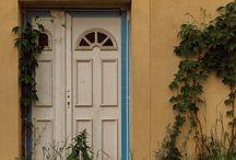 Façades / Portes, fenêtres, escaliers, trottoirs...