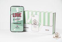 Cover Smartphone / Nuove cover Bakery House per iPhone e Galaxy! 2 differenti grafiche disponibili per tutti i modelli di smartphone Apple e Samsung. Insieme alla cover inoltre riceverete l'esclusivo cover box Bakery House che siamo sicuri vi tornerà utile in tanti modi (€10: Cover + Cover Box). Disponibili instore.