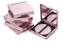 Beauty Addicts / Entdecke die Vielfalt der luxuriösen Make-up Marke Beauty Addicts. Zu kaufen gibt es die komplette Produktpalette unter www.clickandcare.ch/kosmetik/beauty-addicts