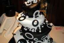 Cakes and Cupcakes / by Cheryl D