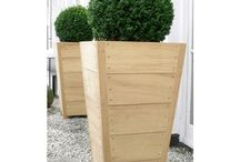 Hawker Side Board & Planter Large