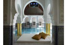 les plus beaux spas du monde / by Micheline Bendich