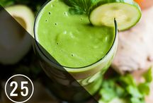 Smoothies For Clear Skin / smoothies, green smoothies, smoothie recipes, smoothies for clear skin, green smoothies for acne, drinks for clear skin, detox, acne, breakouts, healthy drinks, homemade, acne, diet for acne, adult acne, hormonal acne