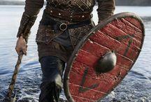 B; Magnus Chase e gli Dei di Asgard