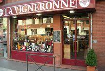 La Vigneronne/Caviste/Toulouse / Caviste depuis 1959 à Toulouse proposant un large choix de vins et de spiritueux. On partage et on discute beaucoup ici.