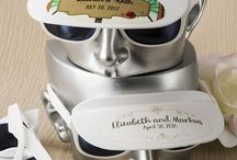 Personalized Sunglasses / Personalized sunglass favors for pool parties, destination weddings or beach themed wedding.