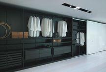 Cabinet / Wardrobe