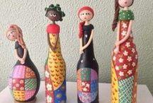 Bonecas de garrafas