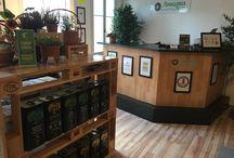 Apollonia Farm Swiss / Showroom, Shop, Delikatessen aus Kreta, traditionell Cretan products, Olivenöl, Konfitüren, Gewürze, Kräuter Tee, Berghonig, Wild Honey, Spices, Tea