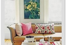 Living rooms / by Polly Connelly
