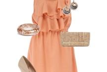 Outfit Ideas / by Alexandra Gonzalez