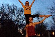 Cheer Mania Party Cheerleading Stunts