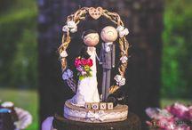 Topo de bolo em madeira / Noivinhos topo de bolo confeccionados em madeira com muito carinho e amor!