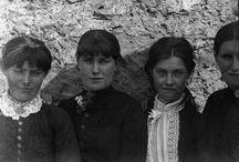 Irish Evictions / Desalojo y confiscacion de bienes de familias Irlandesas por los ingleses