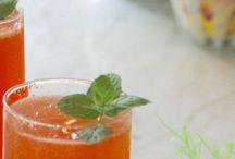 Bunny Bellini recipe / by Lyndy Werdin