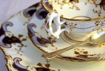 Tea Time / Tea sets, biscuits, an cozys