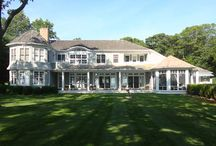 East Hampton Weekend Home and Poolhouse / This weekend home is located on a parcel of land facing the water. In order to provide every room with views, the spaces are oriented towards the bay with large window and door openings. Major rooms open directly onto porches allowing the family to enjoy the outdoors throughout the summer. Architecturally, the house respects the shingle style tradition of East Hampton, but it is well insulated and provided with low-e window units.