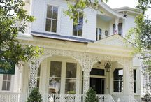Traditional Home's NOLA Showhouse / Talented designers from across the country collaborated to unveil this Southern Style home. The New Orleans Showhouse features 25 local and national designers, tours open to the public from May 19th-June 12th 2016.  / by Bevolo