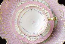 Tea cup, pot &plate