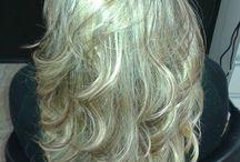 Selagem Capilar / Selagem Capilar!!!   Selagem 4D é ideal no tratamento para cabelos sem vida e danificados, possui manteiga de Murumuru que é altamente nutritiva...Por possuir uma composição balanceada de ácidos graxos, restaura proporcionado brilho, emoliência, hidratação e proteção aos cabelos, são ideais no tratamento de cabelos sem vida e danificados... Então meninas vamos dar um brilho a mais em seu cabelos e deixá-los suuuuuper hidratados???