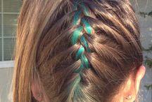 Cool hair & nails / by Julie Singleton