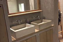 Badkamer / Badkamer met beton en hout