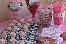 Candy bar / by Martha Cuello