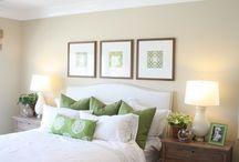 camera alb - verde