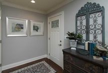 Transitional Entryway Design