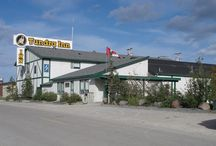 Hotels in Churchill, Manitoba CANADA / Places to stay while visiting in Churchill, Manitoba CANADA