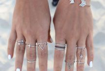 BeYOUtiful Jewelry / Cool Jewelry to pair with a cute outfit!