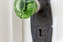 keys/door handles