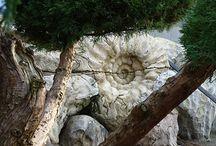 Искусственный камень. Скалы. Гроты. Пещеры. Ландшафтный дизайн / Одними из важнейших элементов ландшафтного дизайна являются: озеленение, малые архитектурные формы и ландшафтная скульптура.
