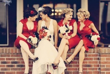 Inspiration | Posing Brides/Maids