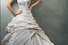Wedding Dresses / by Bethan Johnston
