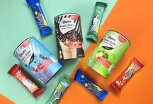 Bio Veganz Protein Bar Coconut Almond / Cacao Vanilla / Sweet Peanut / Proteinprotz: Dieser Proteinriegel schmeckt nicht nur herrlich lecker nach Kokos und Mandeln, sondern enthält auch eine extra große Portion pflanzliches Protein.